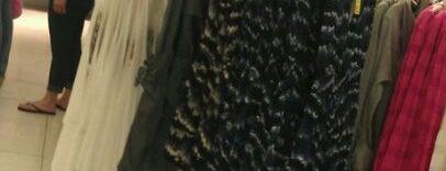 Papaya Clothing is one of Tempat yang Disukai Cesiah.
