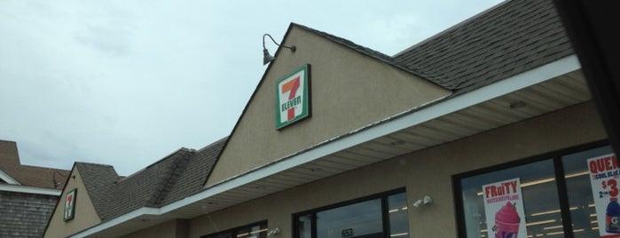 7-Eleven is one of Lisa : понравившиеся места.