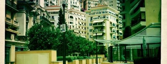 Un Café Théâtre is one of Monaco.