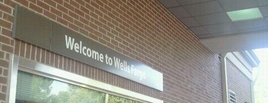 Wells Fargo is one of Christine 님이 좋아한 장소.