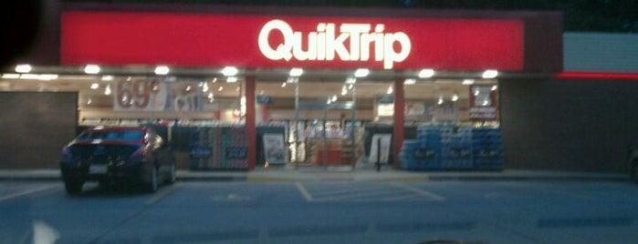 QuikTrip is one of Natalie'nin Beğendiği Mekanlar.