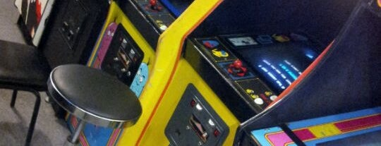 Galloping Ghost Arcade is one of Chicago.