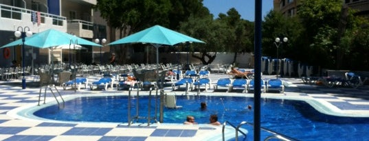 Santa Monica Hotel Salou is one of Elvinさんのお気に入りスポット.