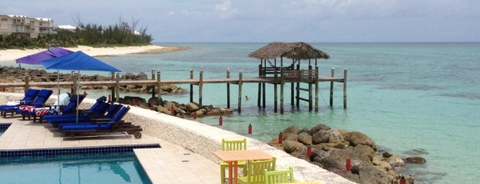Compass Point Beach Resort is one of Lieux sauvegardés par Lizzie.
