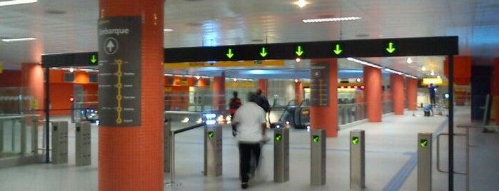 Estação Luz (Metrô) is one of Veruskinha.