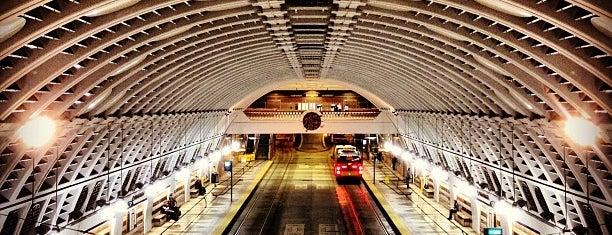 Pioneer Square LINK Station is one of Cameron'un Beğendiği Mekanlar.