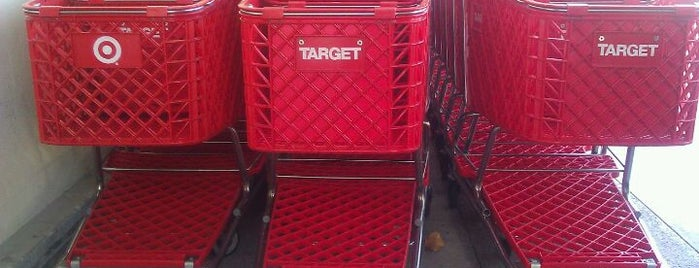 Target is one of Orte, die Bashayer gefallen.