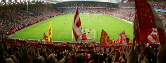 Anfield is one of Centros sociais ..