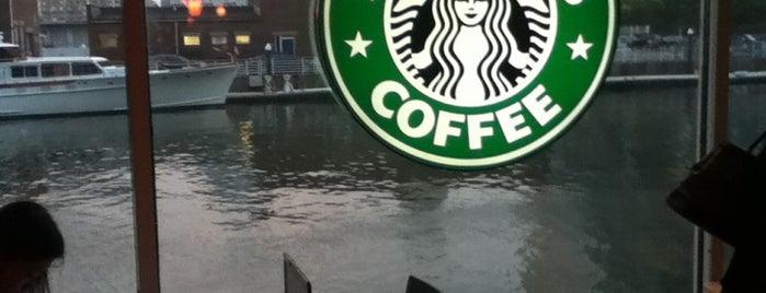 Starbucks is one of Ajay'ın Beğendiği Mekanlar.