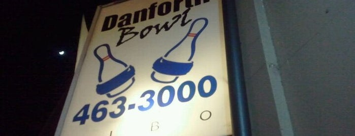 Danforth Bowl is one of Locais curtidos por Kevin.