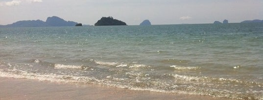 Pak Meng Beach is one of Great places to visit in Thailand.