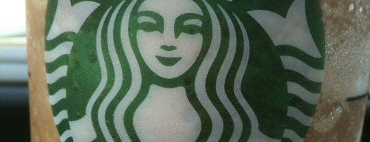 Starbucks is one of Lieux qui ont plu à I Am Nolas.