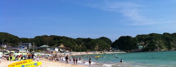 守谷海水浴場 is one of 日本の渚百選.