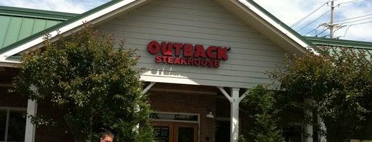 Outback Steakhouse is one of Tempat yang Disukai Mario.