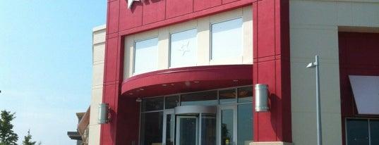 American Girl Doll Store is one of Tempat yang Disukai Chelsea.