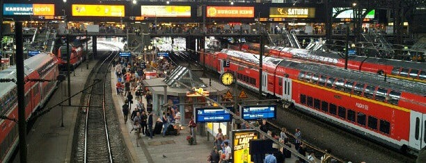 สถานีรถไฟฮัมบูร์ก is one of StorefrontSticker #4sqCities: Hamburg.