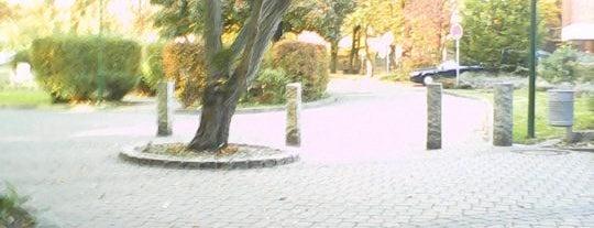 Elisabeth Arkaden is one of Tempat yang Disukai Kübra.