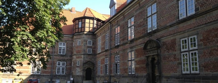 Schloss Landestrost is one of Museen & Kultur.