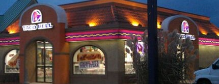 Taco Bell is one of Kunal 님이 좋아한 장소.