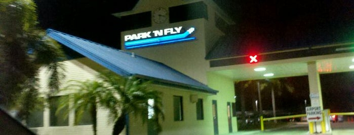 PARK 'N FLY - Ft. Lauderdale is one of Locais curtidos por Brad.