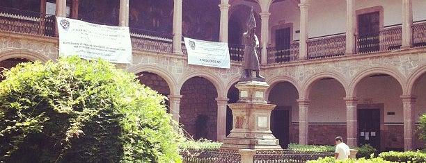 Colegio Primitivo y Nacional de San Nicolás de Hidalgo is one of Joaquin : понравившиеся места.