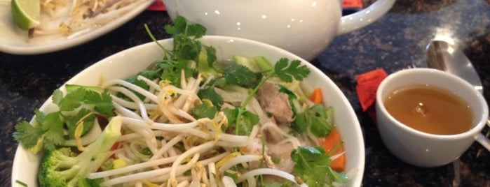 Pho Sure 2/Pad Thai Restaurant is one of Luxembourgさんのお気に入りスポット.