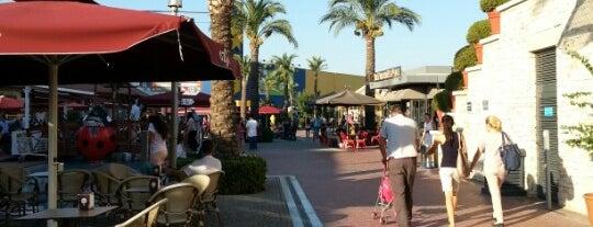 Forum Bornova is one of İzmir :).