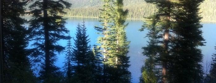 Emerald Lake Lodge is one of Canada.