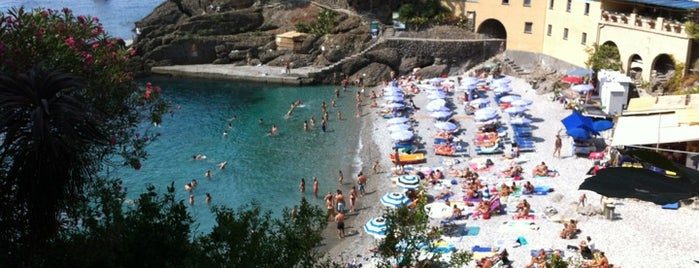 Spiaggia di San Fruttuoso is one of √ Best Free-Beaches in Liguria.