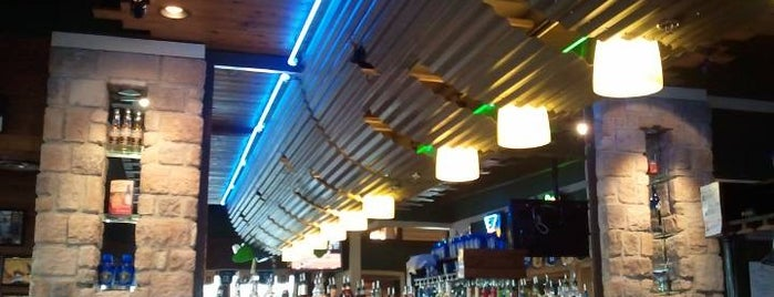 Chili's Grill & Bar is one of Lugares favoritos de Kellie.