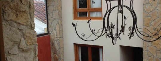 """Restaurante Las Lajas """"Plaza Magnolias"""" is one of Lugares favoritos de Raúl."""