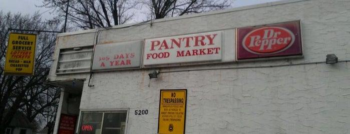 Pantry Food Market is one of Harry 님이 좋아한 장소.