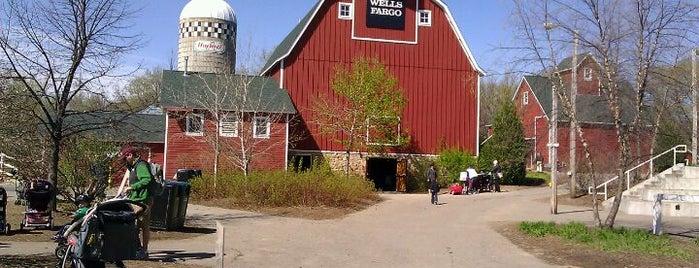 Family Farm is one of Lugares favoritos de Joy.