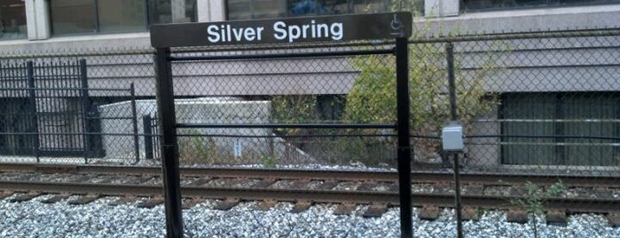 Silver Spring Metro Station is one of Chuck 님이 좋아한 장소.