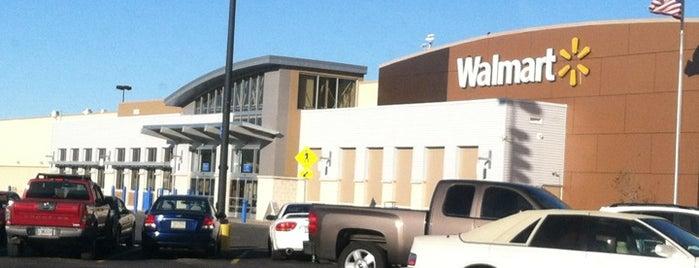 Walmart Supercenter is one of Tempat yang Disukai kayla.