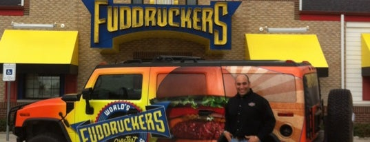 Fuddruckers is one of Lugares favoritos de Andres.