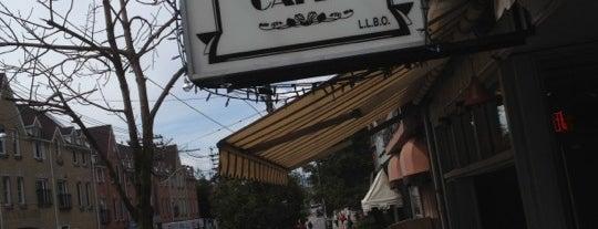 Beacher Cafe is one of Posti salvati di David.