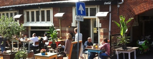 Caffe Oslo is one of Free WiFi Amsterdam.