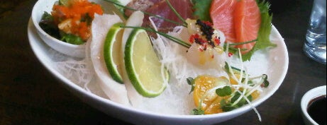Kiku Sushi is one of 寿司.