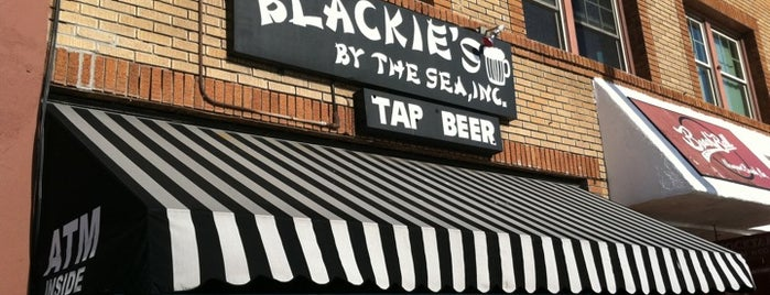 Blackies by the Sea is one of LA.