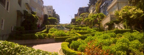 Lombard Street is one of 101 places to see in San Francisco before you die.