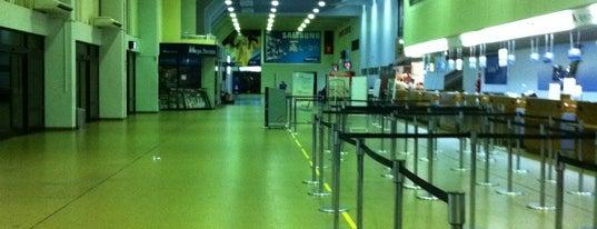 Aeropuerto Internacional Viru Viru (VVI) is one of Free WiFi Airports 2.