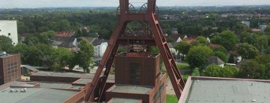 Zeche Zollverein is one of Schöne Orte.
