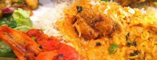 Saffron Indian Bistro is one of Lugares favoritos de Liza.