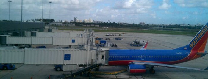 Fort Lauderdale-Hollywood International Airport (FLL) is one of Airports - worldwide.