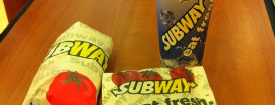 Subway is one of le 4sq with Donald :].