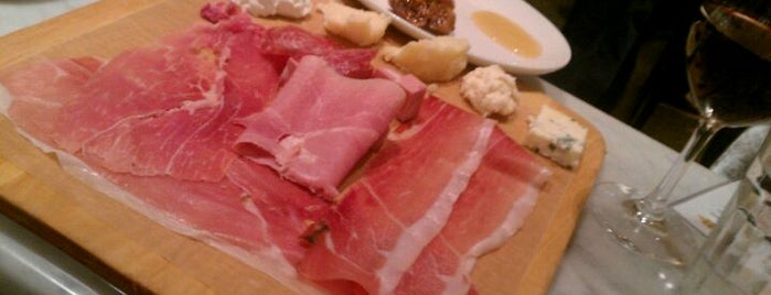Eataly Flatiron is one of The Platt 101: NYC's Best Restaurants.