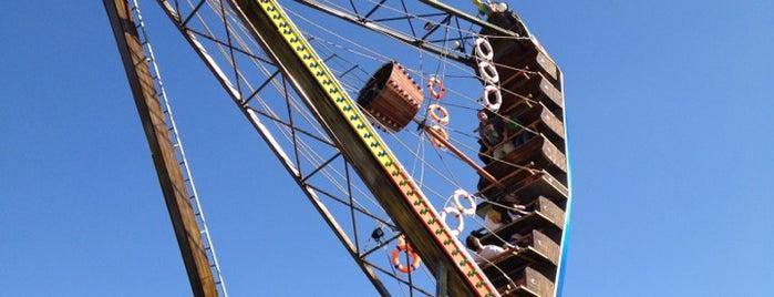 Via Port Lunapark is one of Posti che sono piaciuti a F@RUK.