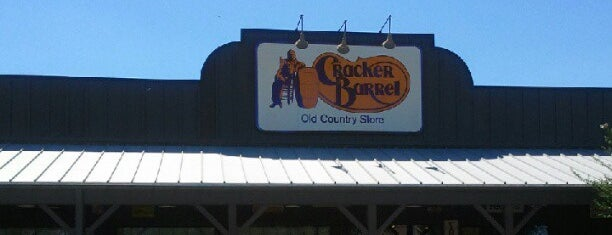Cracker Barrel Old Country Store is one of Houston Breakfast & Brunch.