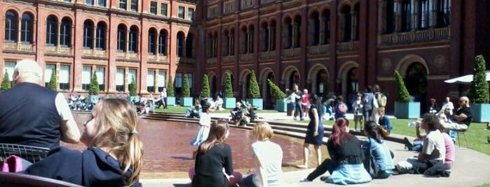 V&A Café is one of Lndn:Been there, done that.